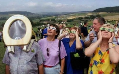Eclipse Toilet Seat Eye Protection